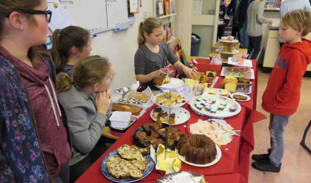 De Kerstmarkt op CNS-basisschool Juliana leverde een fantastisch bedrag op. Foto: Doriet Willemen.
