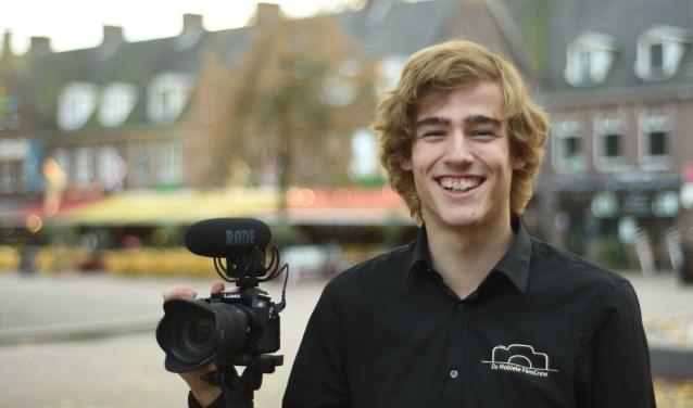 Jeroen Hendriks heeft samen met Jort Jongsma een eigen bedrijf: De Mobiele Filmcrew.