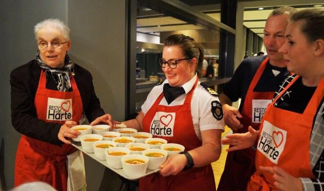 Havenbedrijf rotterdam en resto vanharte verzorgen diner for Rotterdammers voor elkaar