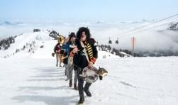 Blaas of Glory, met voorop Rick Mensink in de Zwitserse sneeuw tijdens Full Metal Mountain, een van de vele festivals waar de Zwolse band al speelde.