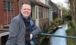 """Huib Veldhuijsen kijkt met warme gevoelens terug op zijn tijd als wethouder. """"Ik blijf me met passie inzetten voor mijn stad."""" (Foto: Lysette Verwegen)"""