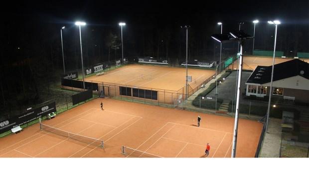 tennisvereniging pltc de vale ouwe neemt duurzame verlichting in gebruik