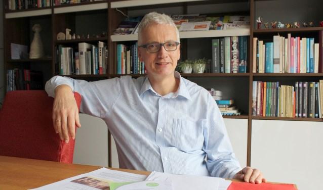 """Ernst Jan de Vries is coördinator van de Duurzaamheidskring en de spin in het web. """"De Duurzaamheidskring is er voor alle bedrijven: van groot tot klein.'' (Foto: Lysette Verwegen)"""