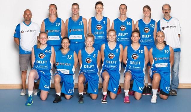 """Joris Zandbergen (links) is trots op zijn meiden: """"Het is een mooi cluppie, echt een team."""""""