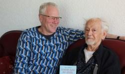 Piet de Bruin (links) en Albert de Kuijer: twee IJsselsteiners die met de musical Miete IJsselsteinse geschiedenis tot leven brengen. (Foto: Lysette Verwegen)