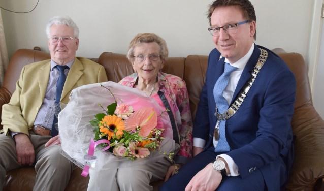 Het echtpaar De Bos wil de familietraditiebest voortzetten naar 75 jaar. (Foto: Richard de Bruin)