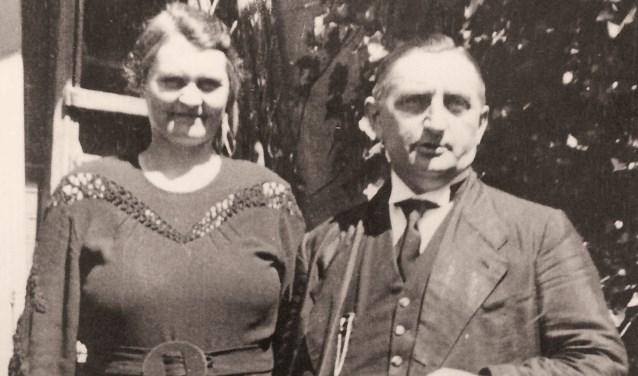 Ds. P. Honkoop en zijn vrouw J.C. Honkoop-Trouborst.