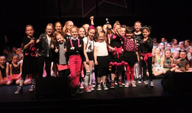 'Kinderen voor Kinderen (categorie 6 tot en met 9 jaar)' behaalde een hele knappe derde plaats. FOTO: DéDé Dance Veldhoven.