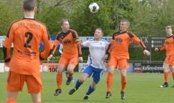 Een spelmoment in de wedstrijd VVM - SVL, dat eindigde in 5-1.