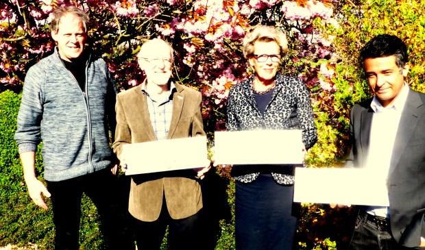 Ben Oostdam( Rotary Rijnwoude), Coen Zuidema (Stichting Nieuwe Alphenaren), Rida Molog (Gilde Samenspraak), Akram Shawki (Stichting Hoop voor Vluchtelingen)