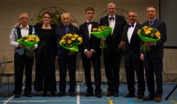 De jubilarissen van Kunst na Arbeid. Foto: Mike van Houwelingen - Diverse Media.nl