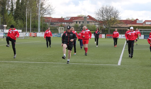 OldStars van Rood-Wit V in training voor het Eerste Toernooi om de BOSS CUP!