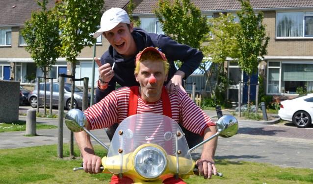 Clown Slimmie & Joeyy zijn dit jaar hét gezicht van Jeugdvakantieland in Ahoy. Hun missie is simpel: 'kinderen blij maken'.