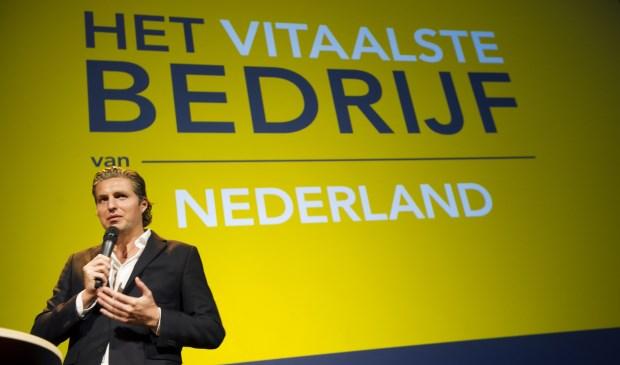 Pieter van den Hoogenband reikt prijs voor duurzame inzetbaarheid uit