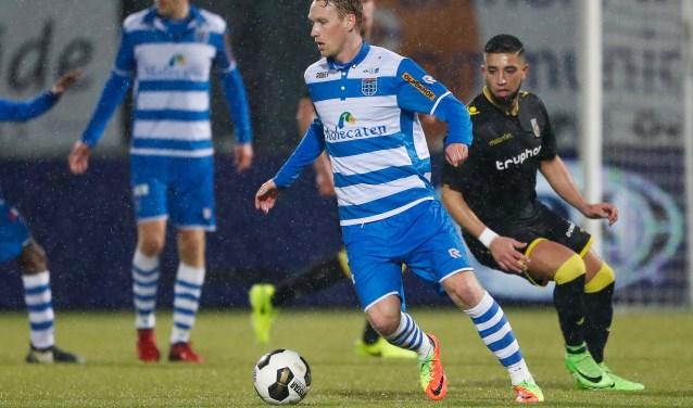 Thuis tegen SC Heerenveen hoopt Nijland zich met zijn ploeg definitief veilig te spelen, al was het maar om Ron Jans via de voordeur uit te zwaaien. (Foto: Henry Dijkman)