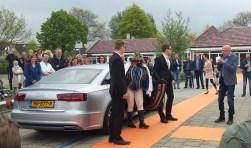 Niemand minder dan prins Floris van Lindenzoom tot Moerbeihof arriveerde, begeleid door bodyguards, bij de school. De gebouwen van de locaties Moerbeihof en Lindenzoom zijn van binnen en buiten gerenoveerd.