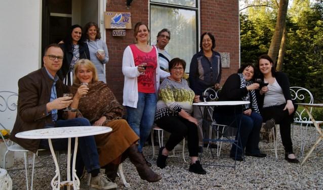 Het theatergezelschap uit Spijkenisse neemt het publiek komend weekend bij de voorstellingen op het terrein van Villa Schoutenhoeck mee naar Franse sferen.