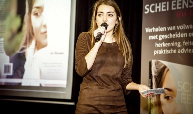 Iris Gündel, schrijfster van het boek boek 'Schei eens uit', is woensdag 17 mei gast bij de bijeenkomst over scheiden in Stadkamer.