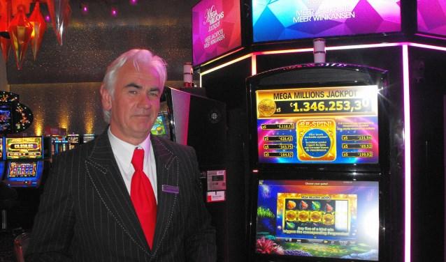Ronald Nijenhuis is Manager Security bij Holland Casino in Enschede. ''Bij kansspelverslaving zijn er alleen maar verliezers. Dat willen we tegengaan'', zegt hij.