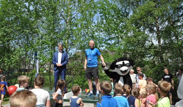 De opening, i.s.m. Kinderwerk Harskamp, bleek een topdag en goede start voor de Sportbieb.