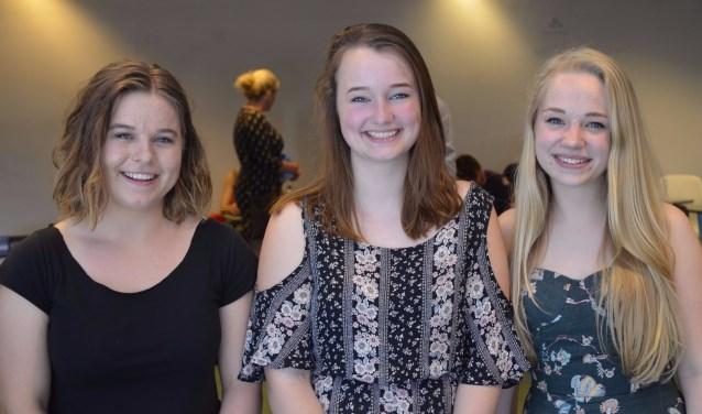 De genomineerden: Linde Vos, Annabel Kuiters en Tara Bos. Joost van Wijck ontbreekt op de foto.