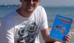Vlissinger Dylan Alleijn bundelt reisverhalen in Kangoeroes en Kiwi's.
