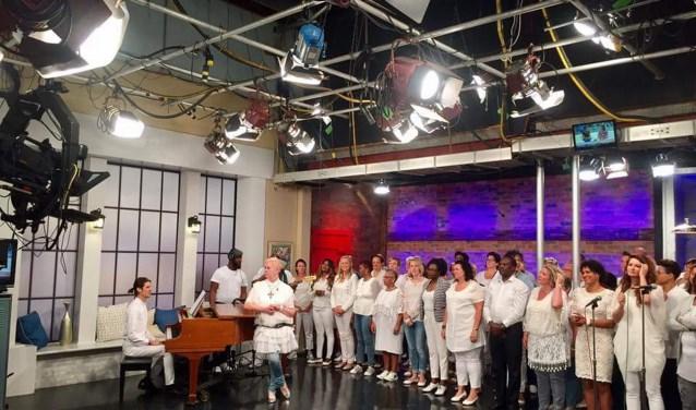 Alive Gospel Choir geeft zaterdag 24 junieen Black Gospel concert in de Bazuin.