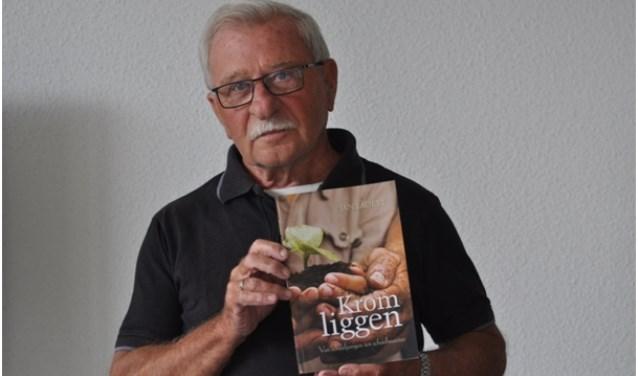 De fictieve roman 'Krom Liggen' van Middelburger Jan Lauret is nu verkrijgbaar in de boekhandel.