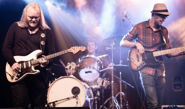 Muziekcafé MACH maakt zich op voor een bluesnight met twee bands. (foto: Annick Andries)
