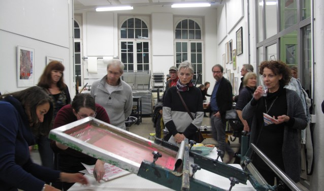 Stichting Grafisch Atelier Den Bosch is een werkplaats, in de Willem Twee fabriek, waar iedereen die met grafische technieken wil experimenteren welkom is.