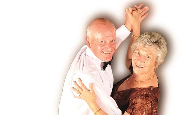 Mag ik deze dans van u? laat ouderen bewegen | Dans Magazine