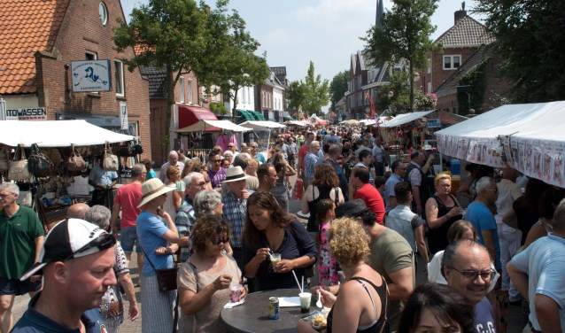 De vaste bezoekers van het centrum zullen zich zondag 'toerist in eigen dorp' voelen, net zoals de toeristen en gasten uit de regio.
