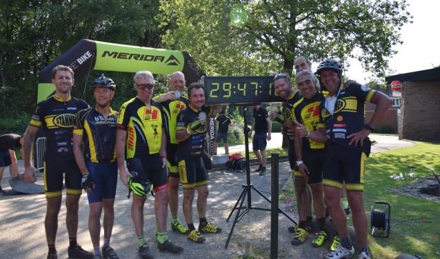 Het Wageningse mountainbike team 'De Stanmen' heeft met een selectie van vier man deelgenomen aan de Merida Dutch Cross Country.