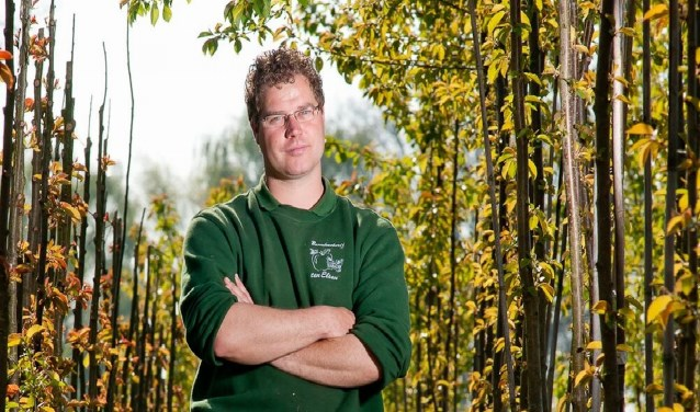 """Johan ten Elsen: """"We planten nu jaarlijks zo'n 12.000 bomen per jaar. Dit is ongeveer vier keerzoveel dan15 jaar geleden."""""""