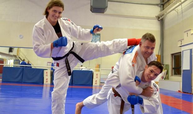 Aafke van Leeuwen, Boy Vogelzang en Allard Schulenklopper van Sportschool den Edel. Foto: Marianka Peters