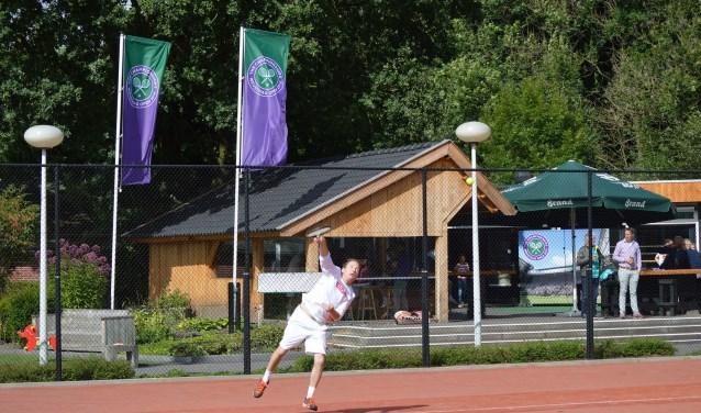 Tennisclub 't Weusthag is een vereniging waar het aantal leden geheel tegen de trend niet daalt.