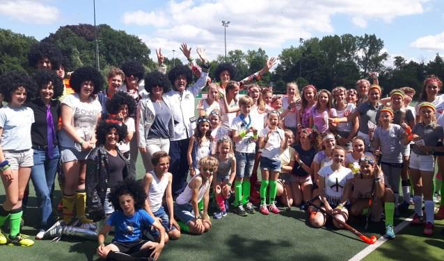 De deelnemers aan de Familiedag bij Hockeyclub Shinty hebben een fantastische dag gehad