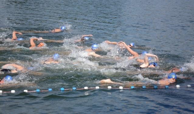 Op 12 augustus kunnen mensen lekker buiten zwemmen. (Foto: Privé)