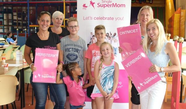 De stichting Single Supermom hield zaterdag 8 juli haar eerste bijeenkomst voor alleenstaande moeders in Breda.