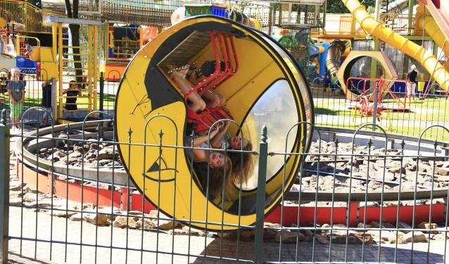 Speelpark Hoge Boekel in Enschede wordt in augustus extra feestelijk met een ballonnenclown en een goochelaar.