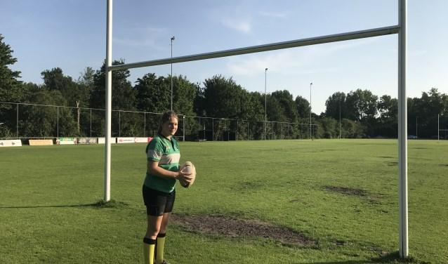Brechtje op het veld van haar eigen club. Foto Annemarie de Vries.