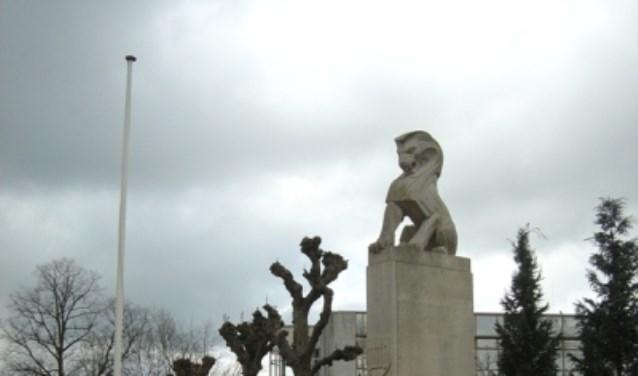 Steeds meer jongeren tonen hun respect en erkenning bij de herdenking van de Japanse Capitulatie in De Bilt