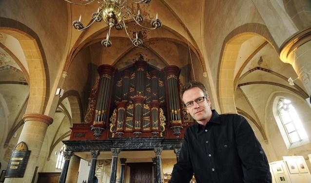 Winterswijker Wim Ruesink verzorgt zaterdag 12 augustus een orgelconcert in de Dorpskerkin Ruurlo.
