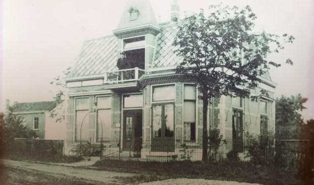 De oude stadsvilla uit 1902 in volle glorie
