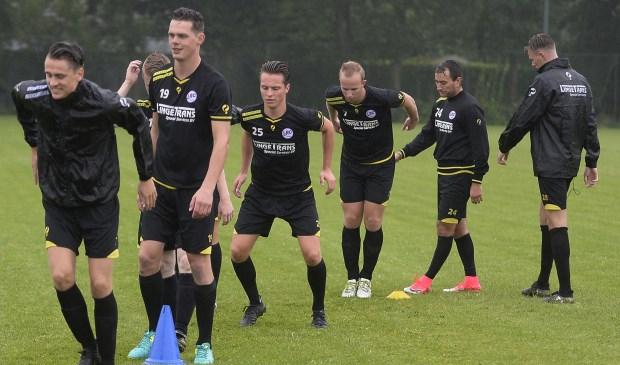 LRC Leerdam heeft de trainingen in de voorbereiding op het nieuwe seizoen hervat. Foto: Teus Admiraal