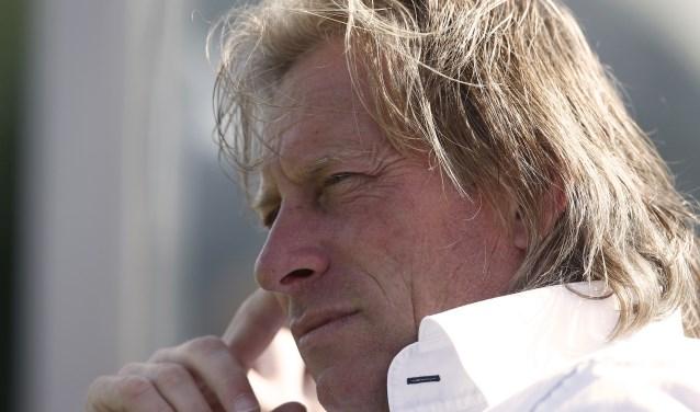 """""""Prijzen winnen zit niet in het DNA bij Feyenoord. Maar dat is dus een mentaal dingetje. Het zou doodzonde zijn als je daardoor punten verspeelt,"""" zegt Jack van den Berg, trainer van Poortugaal."""