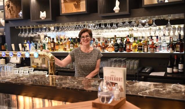 Achterkleindochter Karin Rademaker is de vierde generatie die het hotel runt.
