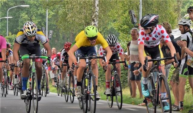Bennekommer Klaas Quak wint met overmacht de Tour de Junior.