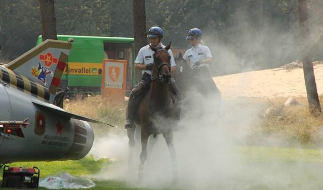 Grote voertuigen, rook en steigerende paarden zijn 26 augustus te zien in Park De Hoge Veluwe.