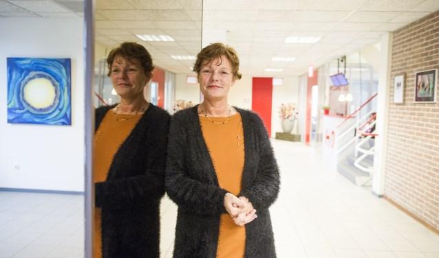 Het is Simone Roerdink die op zondagmiddag 10 september het benefietconcert voor de voedselbank Midden-Twente presenteert. Deze voedselbank is actief in de gemeente Hengelo, Borne en Hof van Twente.